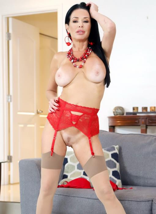 LegalPorno - Veronica Avluv - Sexy Slut Veronica Avluv Loves To Get Stuffed AB021 [FullHD 1080p]