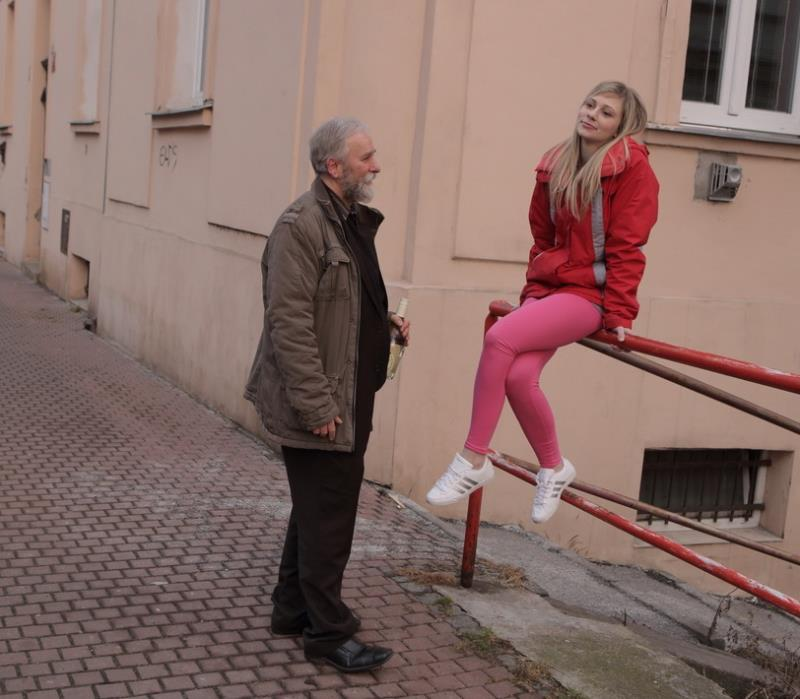 Renata - Renata fucks old goes young guy who gave her some attention (OldGoesYoung) HD 720p