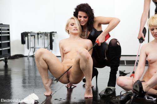 Bobbi Starr, Maitresse Madeline, Ash Hollywood, Alani Pi - Bobbi Starr, Maitresse Madeline Break Down Two Blonde Sluts LIVE in the Brand New Electrosluts Set! (3.64 GB)