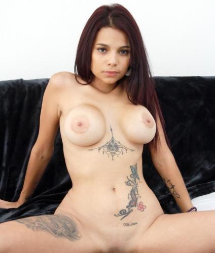 Mila Garcia, Chris Diamond - Mila Garcia first anal with Chris Diamond SZ2215 (2019) HD 720p (1.59 GB)