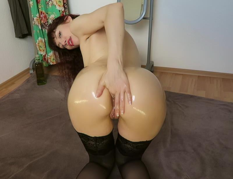 Mylene - Messy ass fisting recorded Skype session (ManyVids) FullHD 1080p