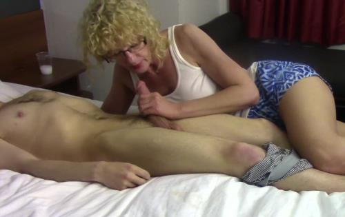 Various Actris - Cum for mommy 1 (FullHD)