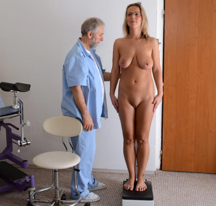 Gyno-X.com - Senta - 32 years girl gyno exam [2019 HD] (Medical Fetish, Gyno Exam, Close Ups, Vaginal Enema, Blonde, Big Tits, Tampon,)