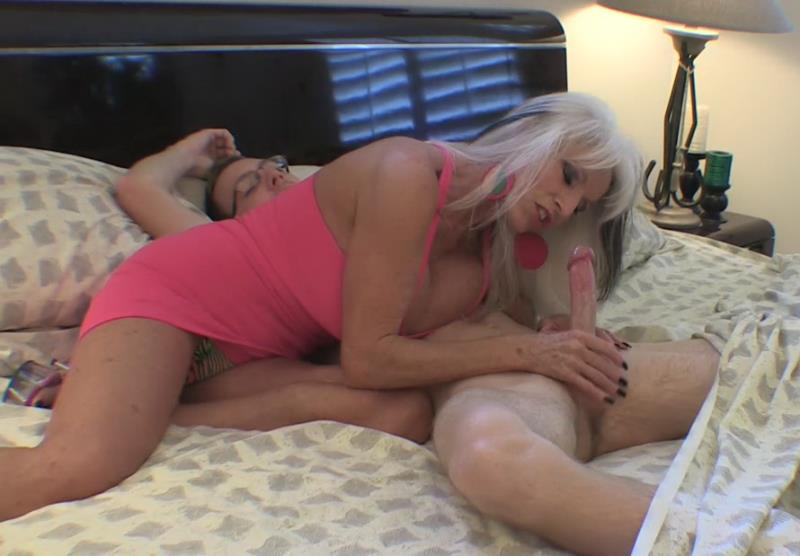 Various Actris - Filling grandma full of cock [Clips4Sale] 2019