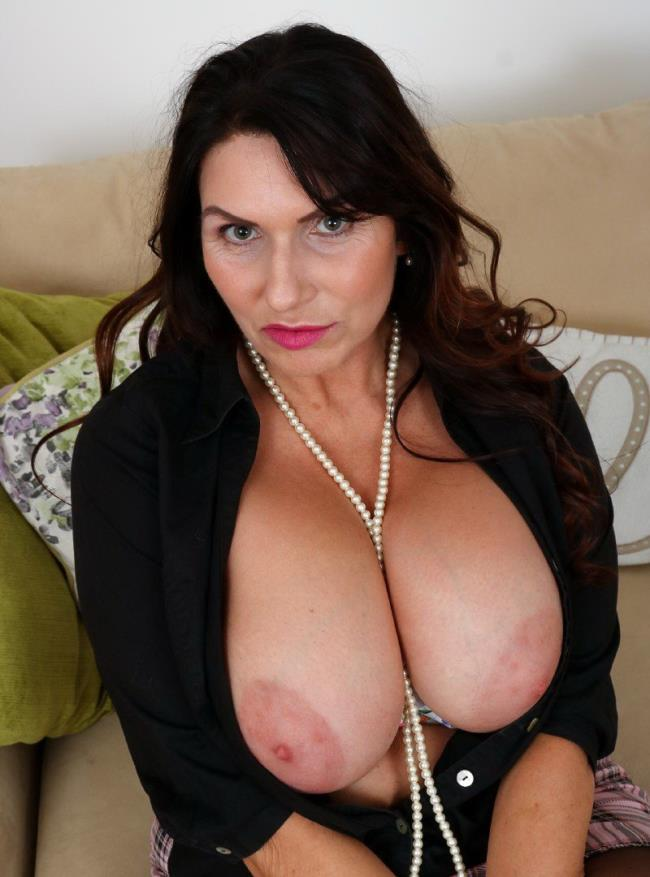 Pure Mature Hd Big Tits