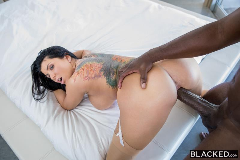 Romi Rain - Hardcore (Blacked) HD 720p
