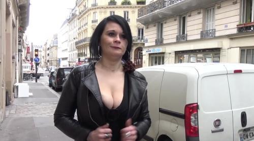 Julia - Julia, 36ans, masseuse experte (FullHD)
