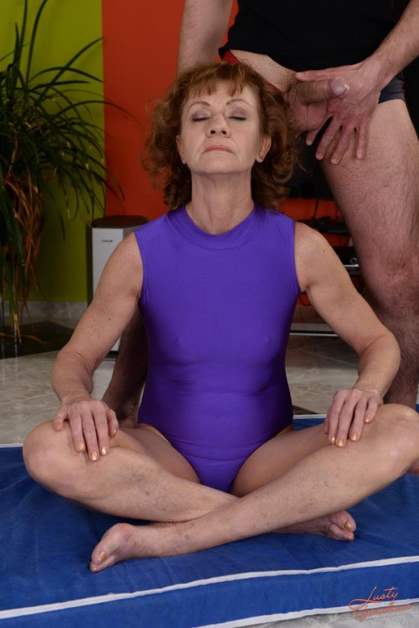 LustyGrandmas/21Sextreme/21Sextury: Katherin - Not So Basic Yoga (HD) - 2019