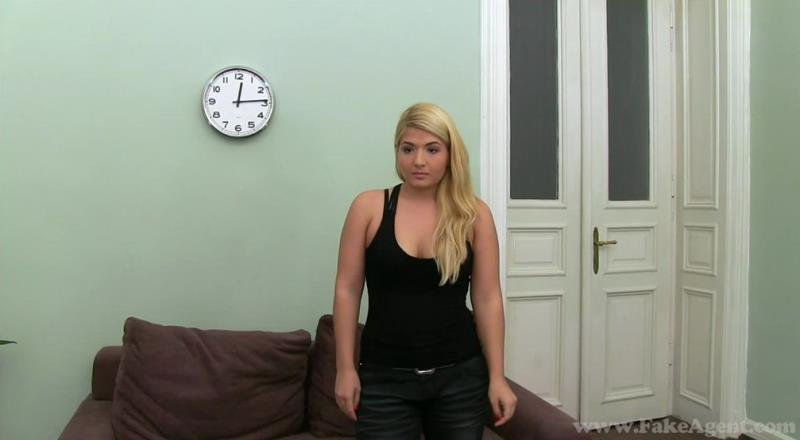 [Casting/FakeAgent] - Christine - c1189 (2019 / HD 720p)