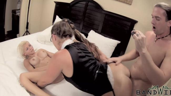 Various Actris - Son and Daughter Filming Homemade Porn: 1.38 GB: FullHD 1080p - [Clips4Sale.com]