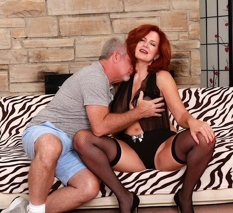 Andi James: Andi Craves Huge Cocks (FullHD / 1080p / 2019) [GoldenSlut]