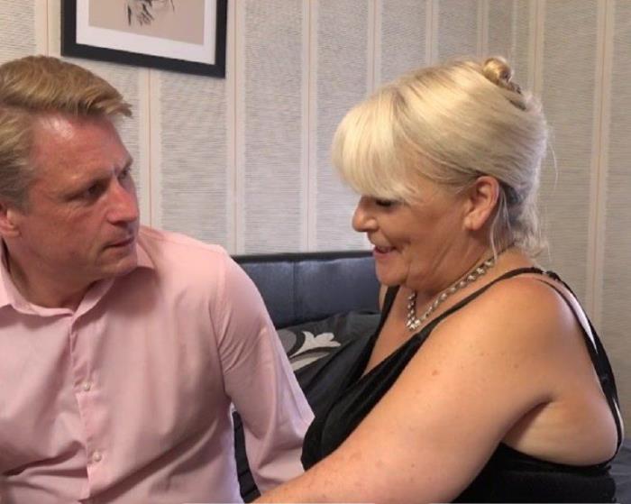 Mature.nl: Curvy mature Christina loves having her special sexdates - Christina (EU) (54) [2019] (FullHD 1080p)