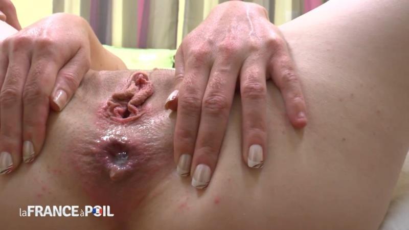 Vanille - Vanille se fait fourrer le cul comme jamais par son coloc (LaFRANCEaPOIL) [HD 720p]