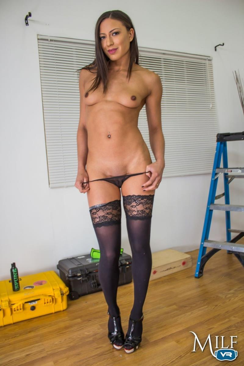 Cassie Del Isla - Cassie knows best [MilfVR] 2019