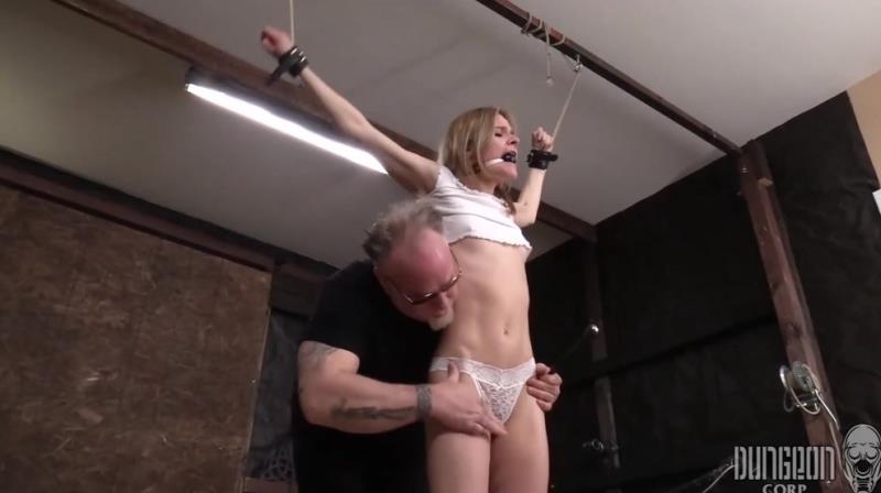 Addee Kate - Addee, the Bondage Toy 1 [SocietySM/DungeonCorp] (FullHD|MP4|280 MB|2019)