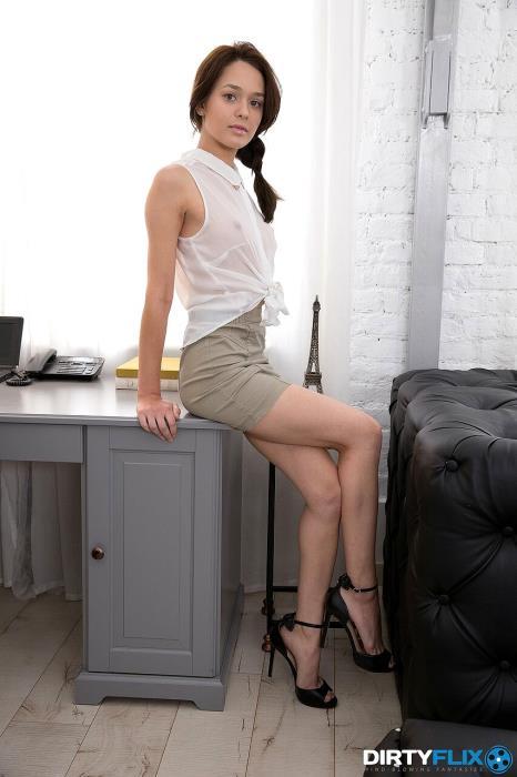 Michelle Can - Nerdy secretary DPed at work (2019) [FullHD/1080p/MP4/1.60 GB] by Gerrard1892