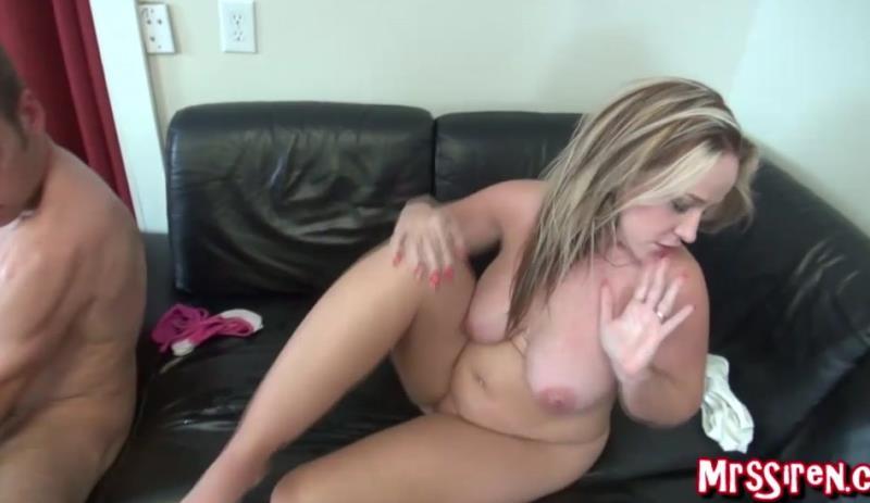 MrsSiren: Dee Siren - Hotwife Fucked Hard (2019) 720p WebRip