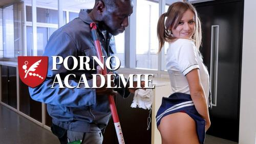 Mina Sauvage - French schoolgirl Mina Sauvage ass fucked and DP'd in raunchy MMF threesome (FullHD)