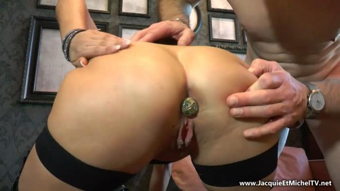 Amelie - AmElie sensuelle ! (HD 720p) - JacquieEtMichelTV/Indecentes-Voisines - [2019]