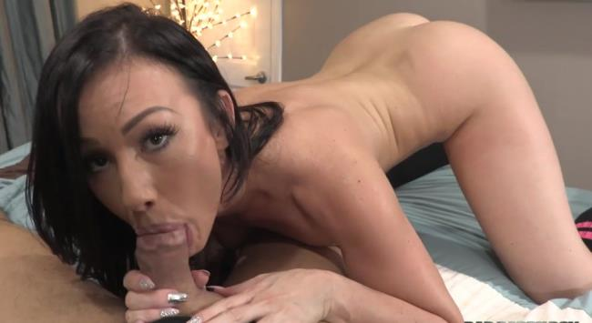 Step Father Fantasy  Daughter s Dirty Sleepover