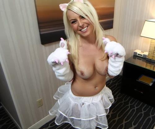 Kali - Super flexible blonde hottie in first porn (HD)