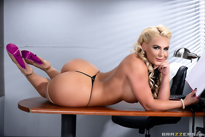 BigTitsAtWork/Brazzers: Phoenix Marie Becoming Johnny Sins: Part One [FullHD 1080p]