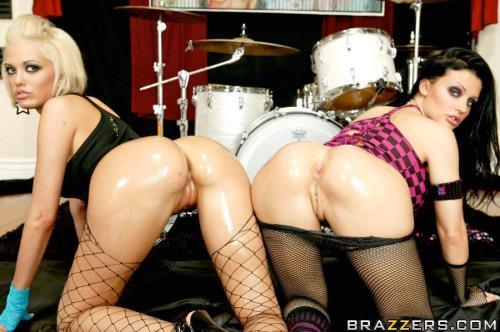 Jenny Hendrix, Aletta Ocean - Big Butt Style (HD)
