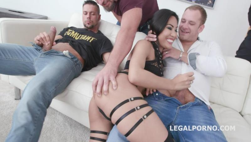 Polly Pons - 7on1 Double Gangbang with Polly Pons Balls Deep Anal, DAP, Gapes and Facial GIO1267! ( 2019/LegalPorno.com/SD)