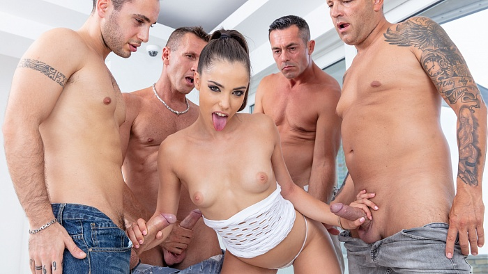 Anastasia Brokelyn - Blowjob - multiple! ( 2019/CumForCover.com/SD)