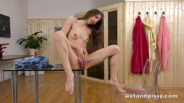 Stefany (FullHD 1080p)