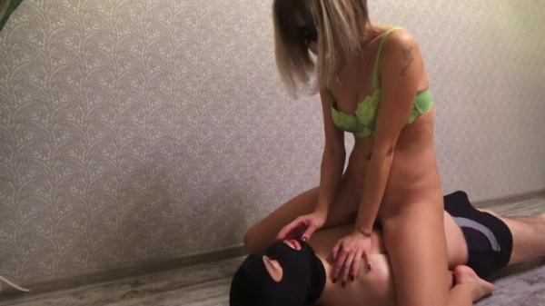 Mistress Emily - spreed my shit - Femdom Scat (FullHD 1080p)