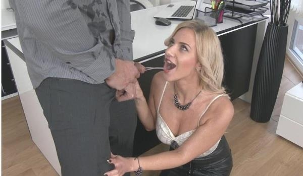 Nathaly Cherie - Couple Loves Pissing Hardcore Style (FullHD 1080p)