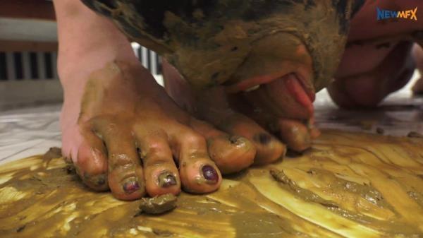 Scat feet domination (4K UHD 2160p)