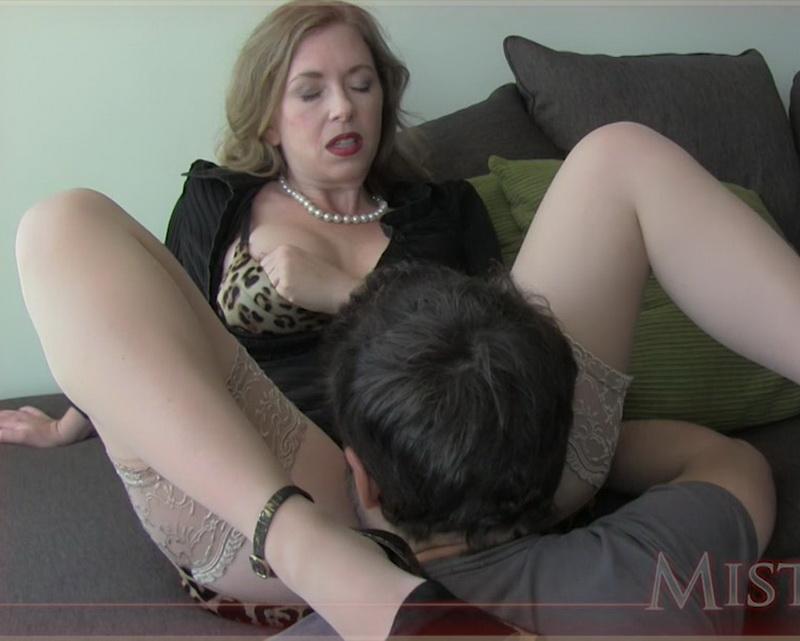 latina girl masturbating