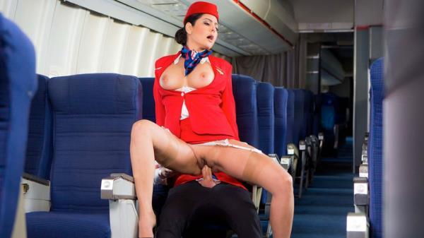 Смотреть порно с stewardess в высоком качестве hd720