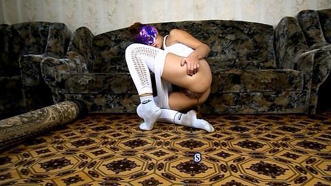 ModelNatalya94 - Yana and her socks in shit (FullHD 1080p)