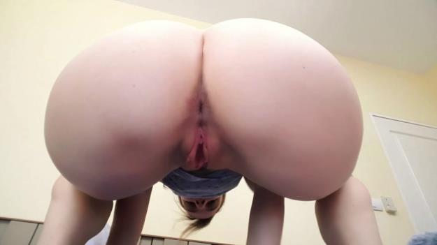 LittleMissKinky - Shipping My Poop to Your Door (FullHD 1080p)