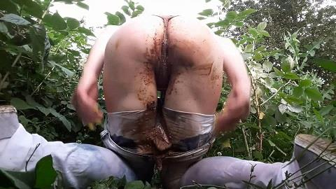 AnnaCoprofield - Shit in my jeans (FullHD 1080p)
