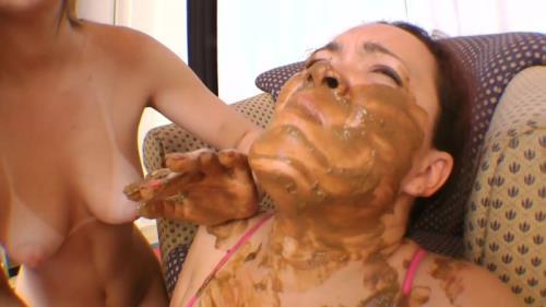 Renata Hartman - Scat Fight Swallow Real (HD 720p)