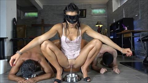 Mistress Gaia - Who's the best shit-eater? (FullHD 1080p)