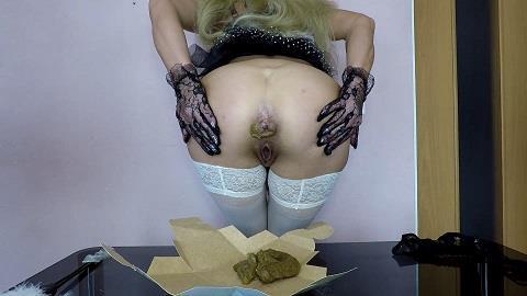 Scatdesire - Dirty Maid Poop (FullHD 1080p)