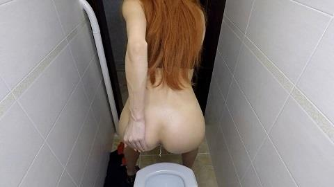 Mistress Emily - Taking a Poop in the Toilet (FullHD 1080p)