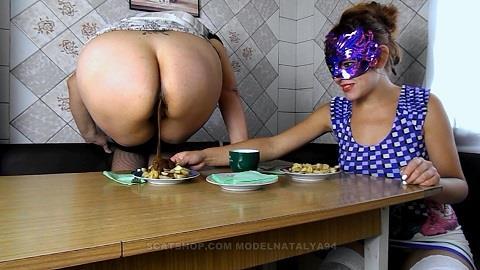 ModelNatalya94 - Yana and Olga eat fried potatoes with shit (FullHD 1080p)