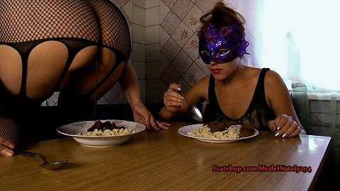 ModelNatalya94 - Our Breakfast pasta shit (FullHD 1080p)